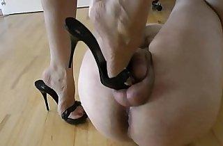 bondage, femdom, fetishes, footfetish, heels, humiliate, mistresses, slaves