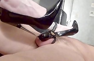 bitch, chating, tits, femdom, fetishes, footfetish, heels, humiliate